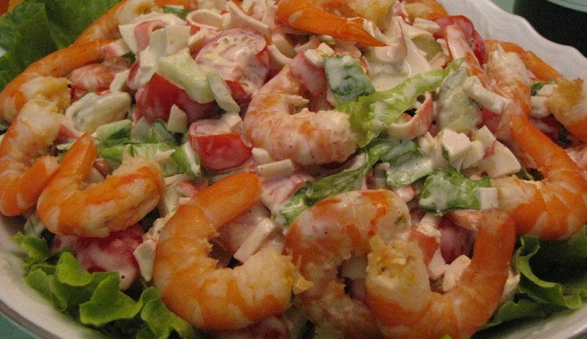 Салат с креветками и кукурузой крабовыми палочками рецепт с