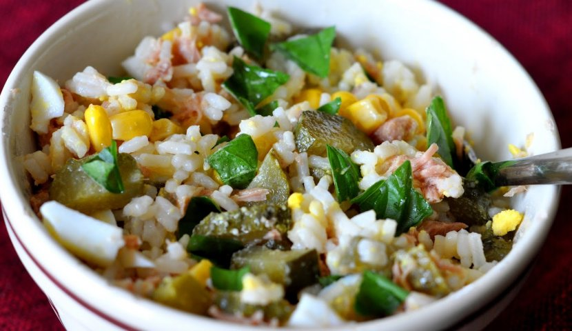 Салат с тунцом и рисом рецепт с фото